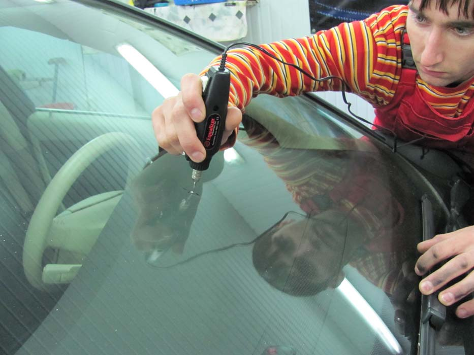 Ремонт стекол на авто своими руками 975